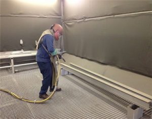Sand Blast Cleaning Booth